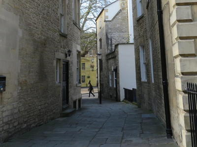 image:Abbey Green Alleyway